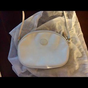 White Vintage Gucci crossover bag